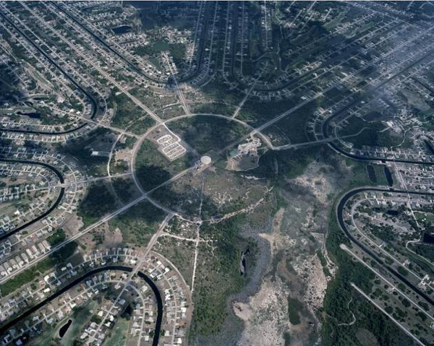housing-subdivision-urban-sprawl-sterling-ridge-florida-christoph-gielen