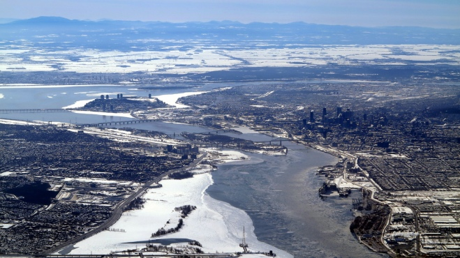 Olivier Vancayzeele Vue de Montréal par le fleuve