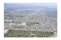 Villeray et l'Est de Montréal vus du ciel (parc Jarry au centre de l'image)