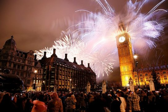 Le Big Ben de Londres sous les feux d'artifice du Nouvel An