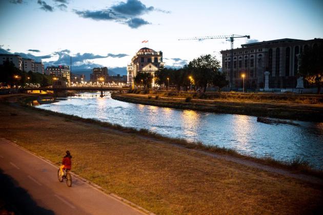 Macédonie, dans la capitale Skopje. Credit Jodi Hilton Ça fait des points au jeu des capitales